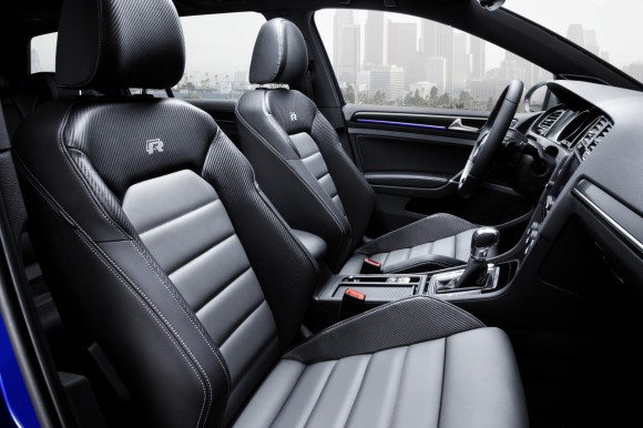 VW-Golf-R-Variant-017