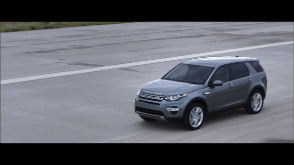 LR-Discovery-Sport-13