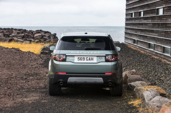 LR-Discovery-Sport-24