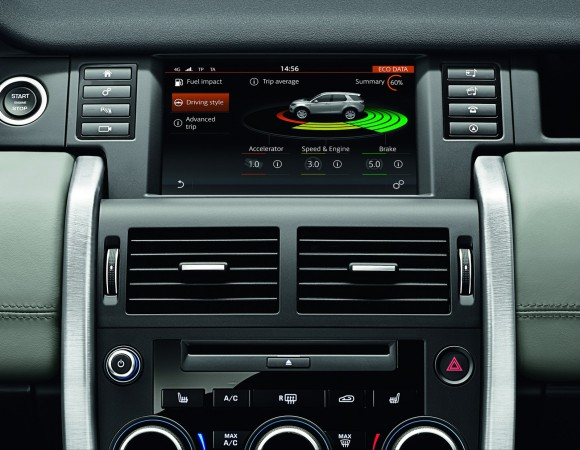 LR-Discovery-Sport-33