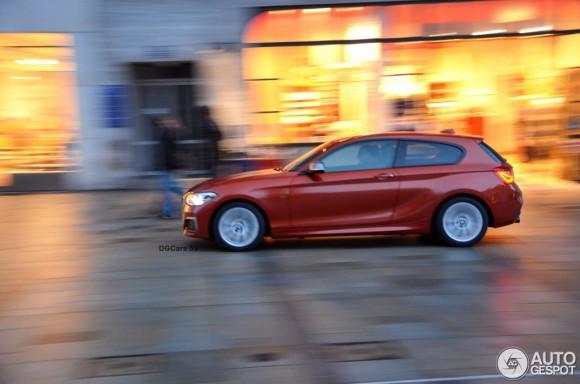 2015-BMW-M135i-8