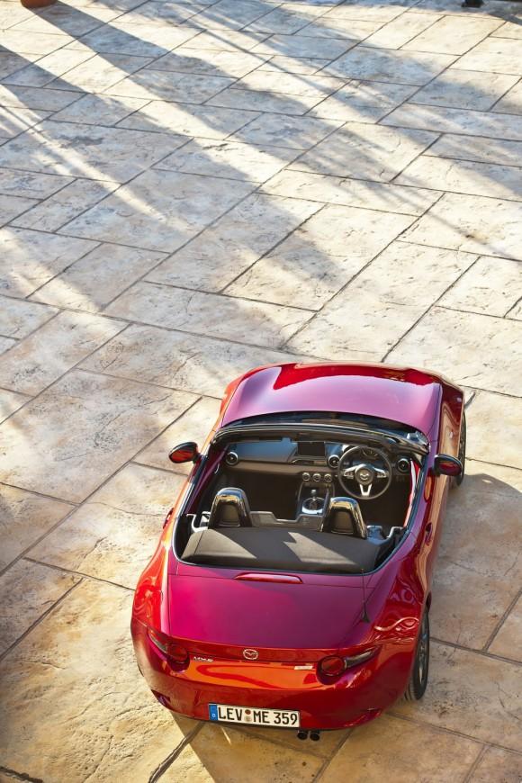 2016-Mazda-MX-5-67