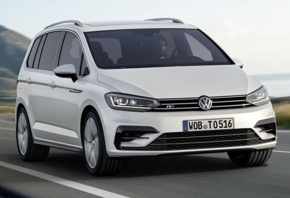 2015-VW-Touran-14