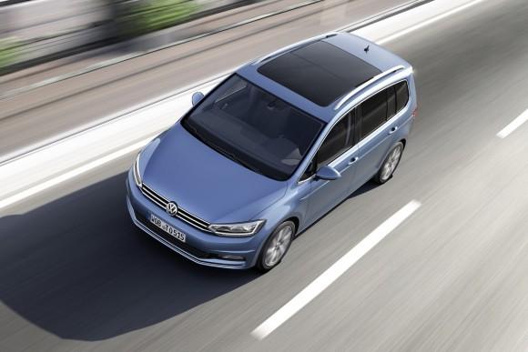 2015-VW-Touran-3