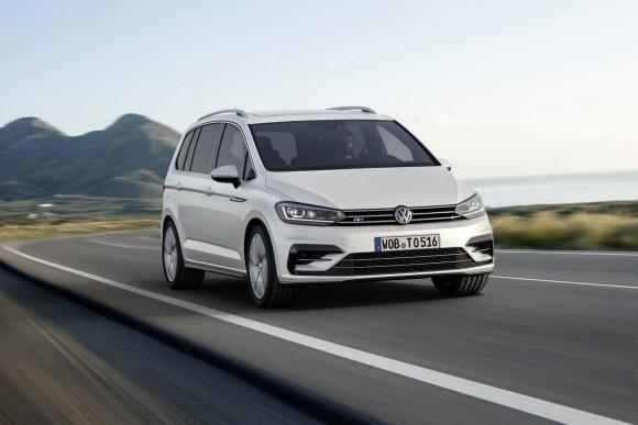 2015-VW-Touran-5