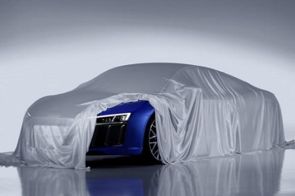 Audi+highlights+headlights+on+upcoming+new+R8
