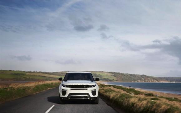 MY16_Range_Rover_Evoque_EXT_LOC136_PR