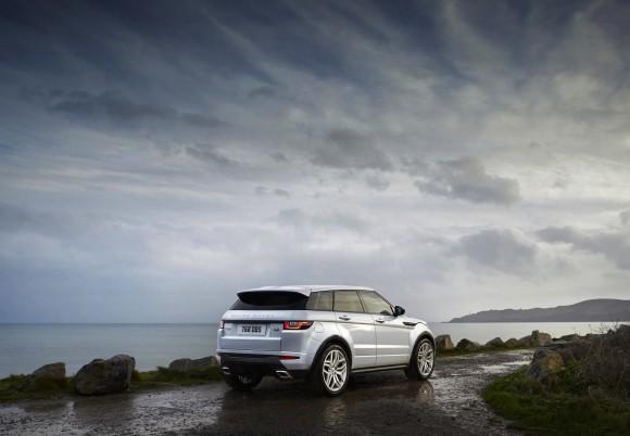 MY16_Range_Rover_Evoque_EXT_LOC94_PR (1)