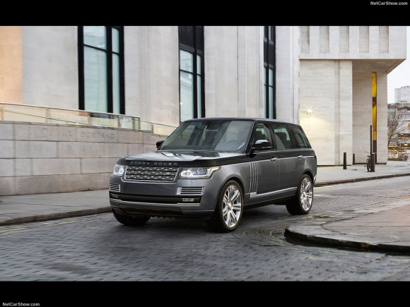 Land_Rover-Range_Rover_SV_Autobiography_2016_1024x768_wallpaper_04