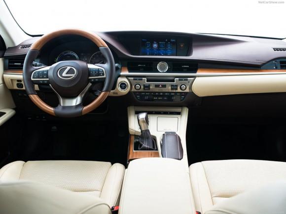 Lexus-ES_2016_1024x768_wallpaper_18