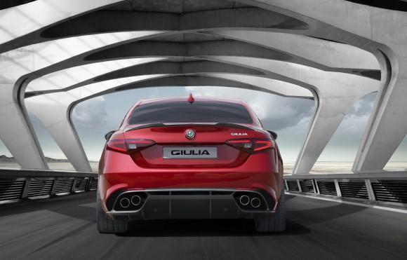 Alfa-Romeo-Giulia-10