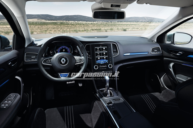 Renault-Megane-2016-11