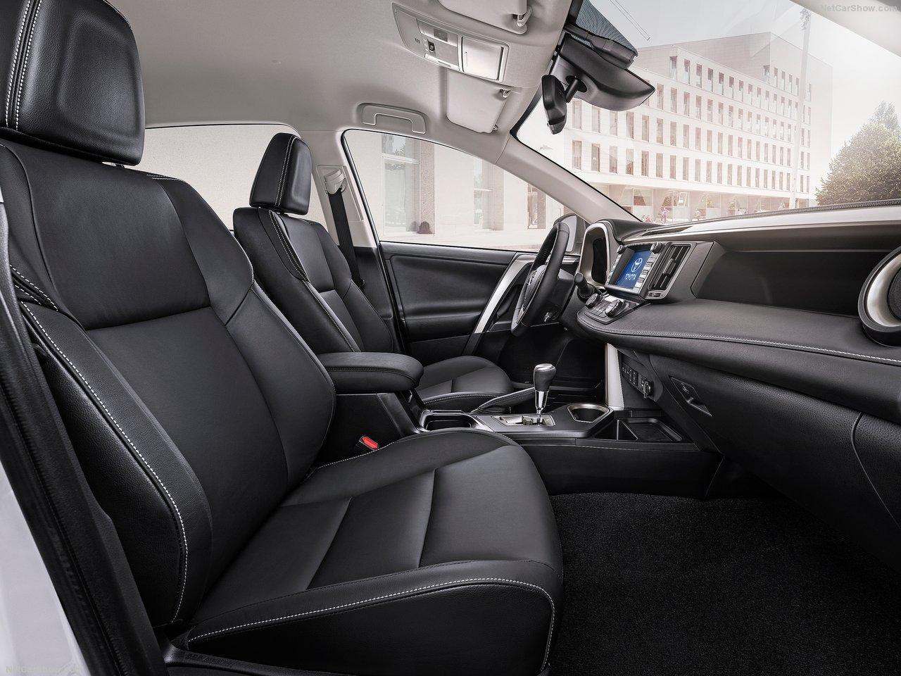 Toyota-RAV4_Hybrid_EU-Version_2016_1280x960_wallpaper_2c
