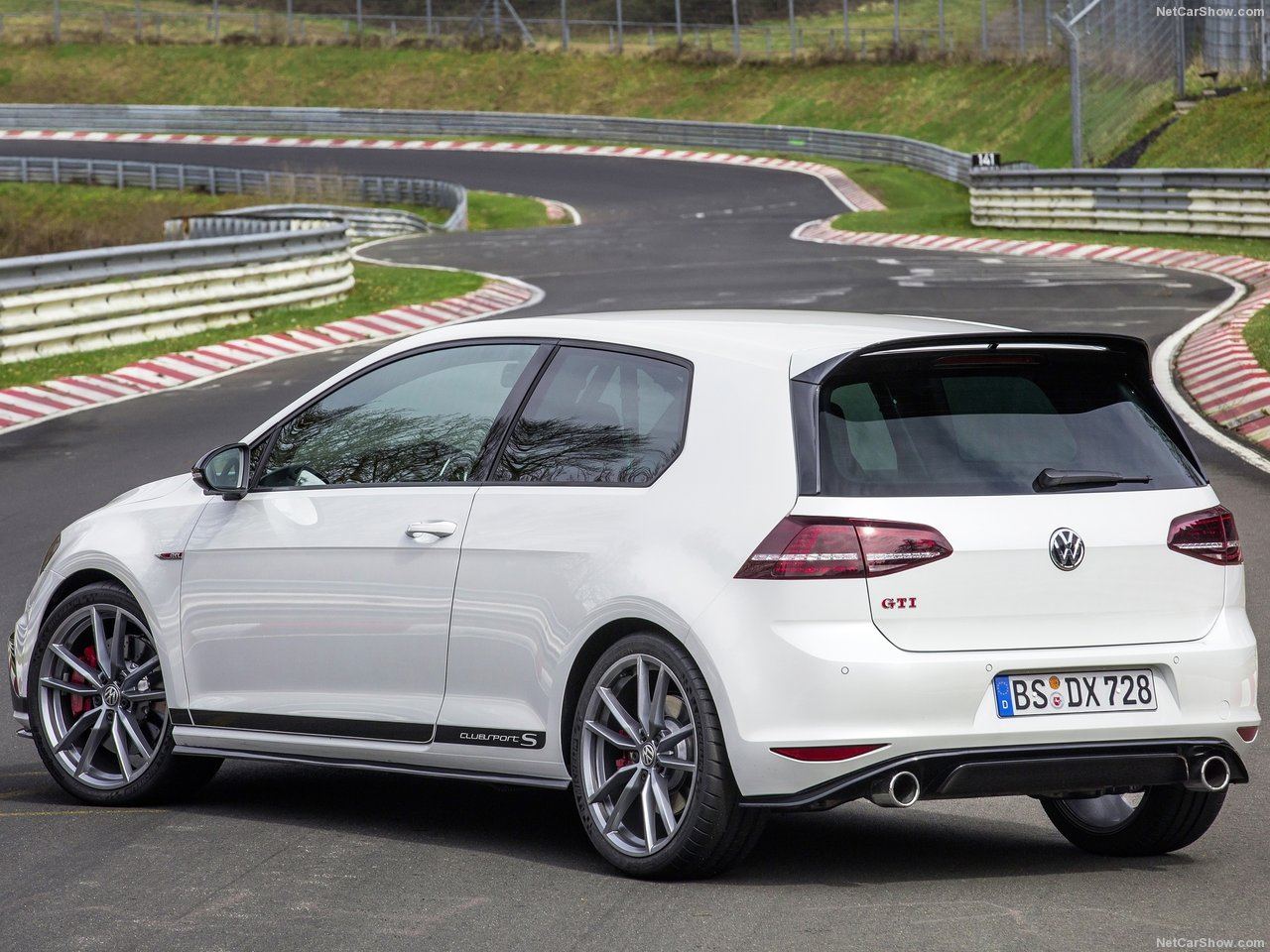Volkswagen-Golf_GTI_Clubsport_S-2017-1280-11