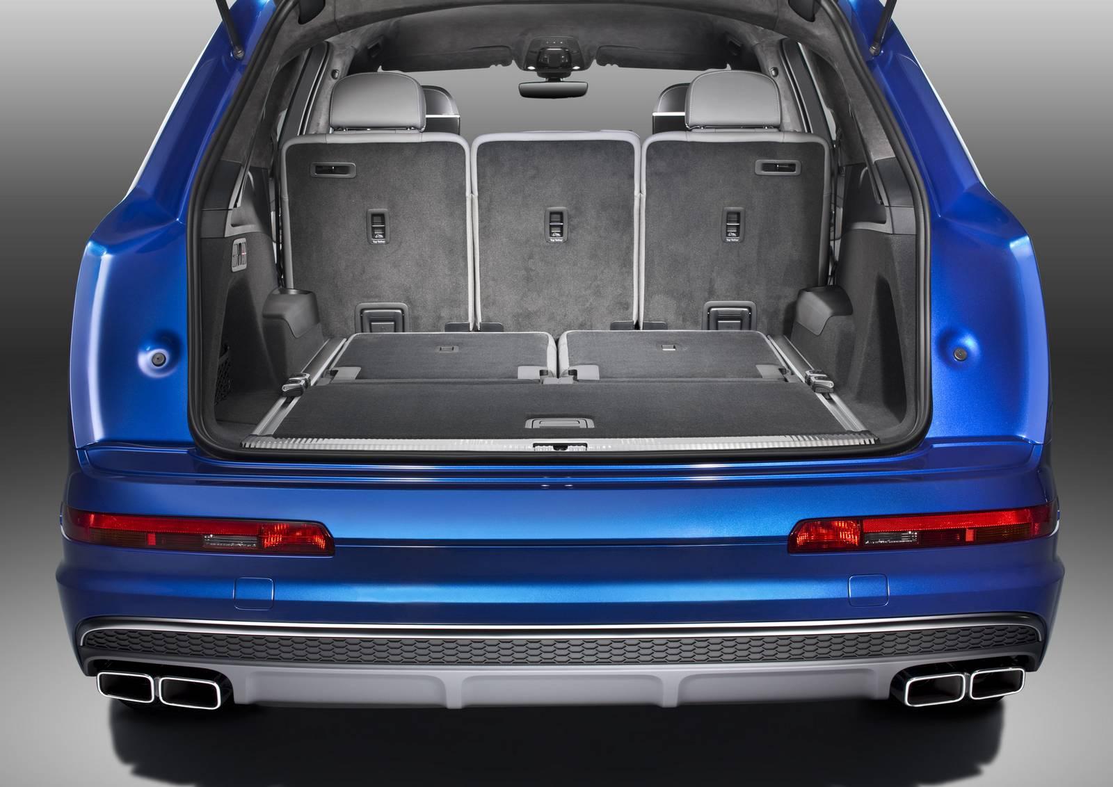 Audi-SQ7-20