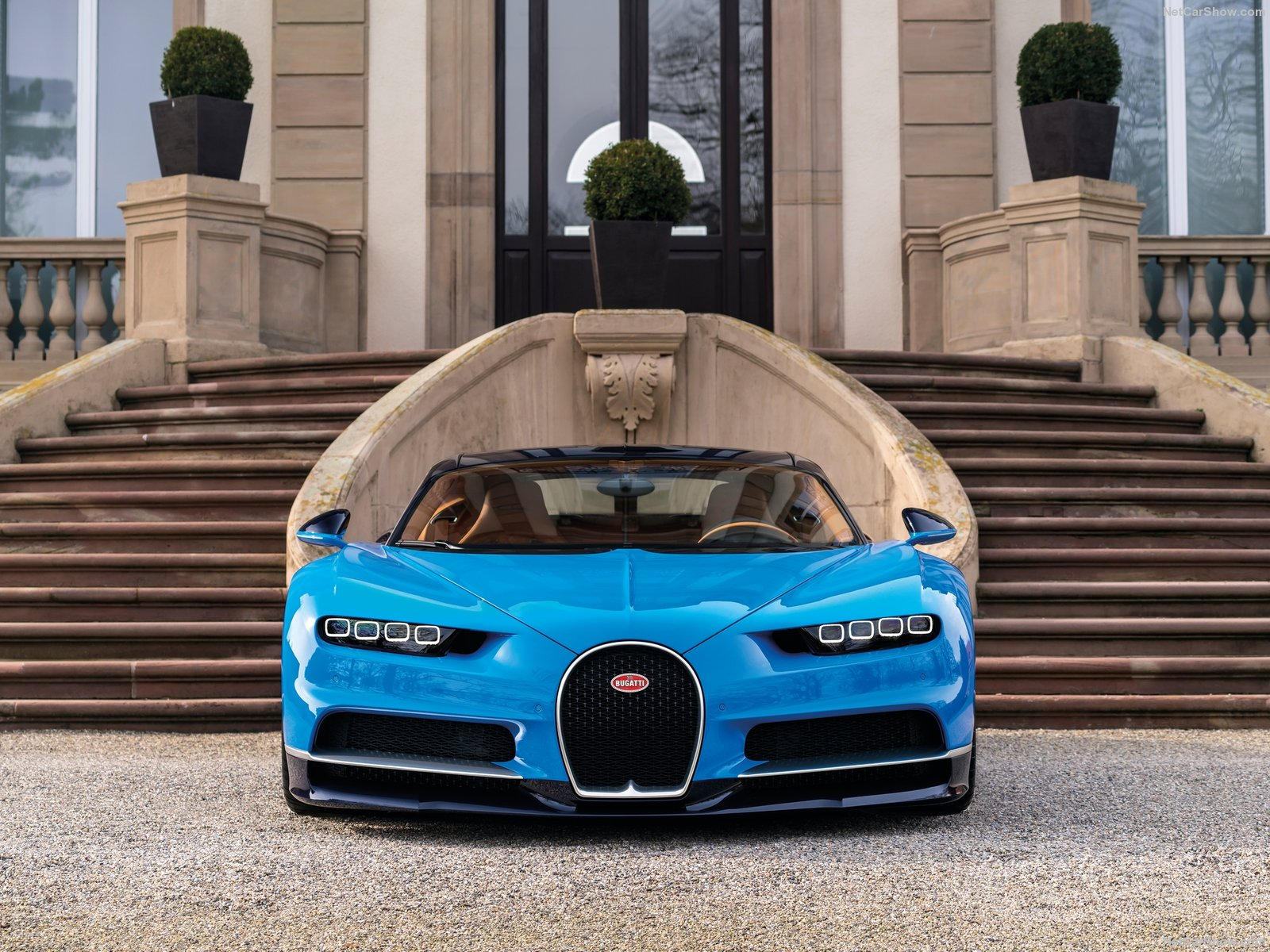 Bugatti-Chiron_2017_1600x1200_wallpaper_21