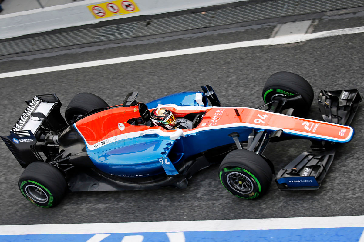 Formel-1-Testfahrten-in-Barcelona-1200x800-087db2e189b23038