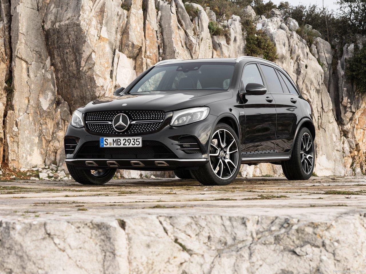 Mercedes-Benz-GLC43_AMG_4Matic_2017_1280x960_wallpaper_02