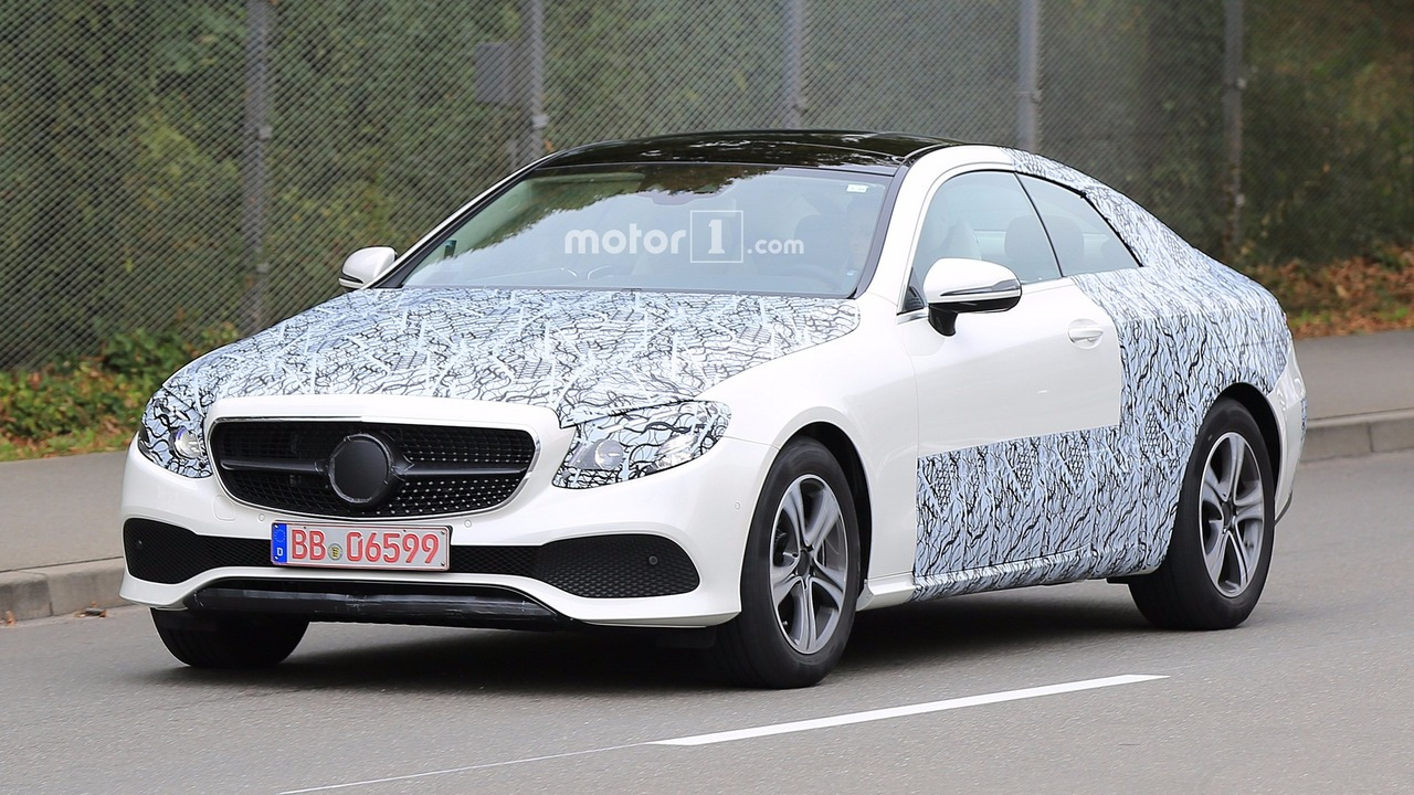 2018-mercedes-e-class-coupe-spy-photo