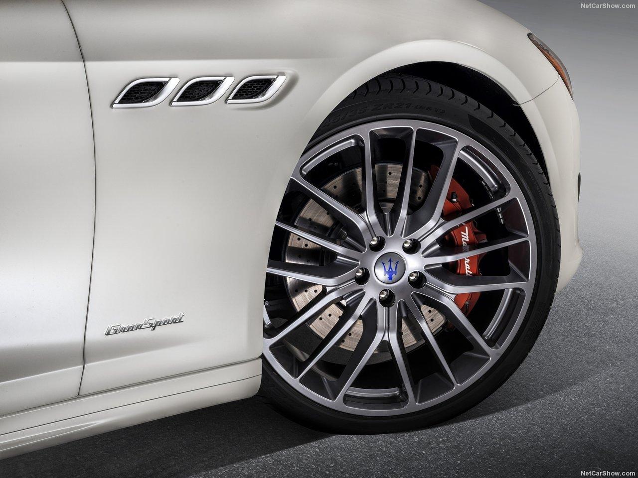 Maserati-Quattroporte-2017-1280-0b