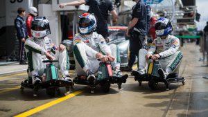aston-martin-racing-razor-crazy-cart