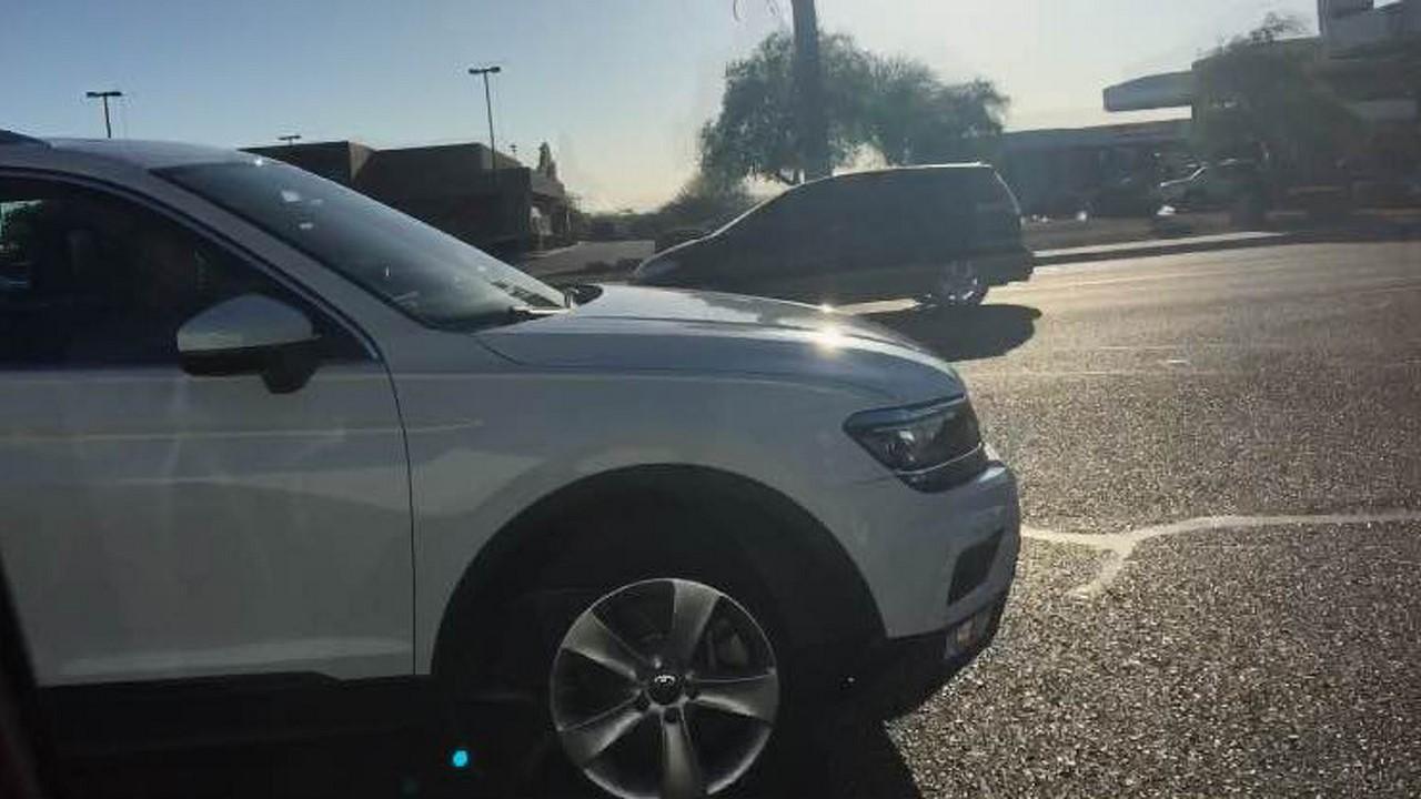 2016-VW-Tiguan-LWB-spy-shot-USA