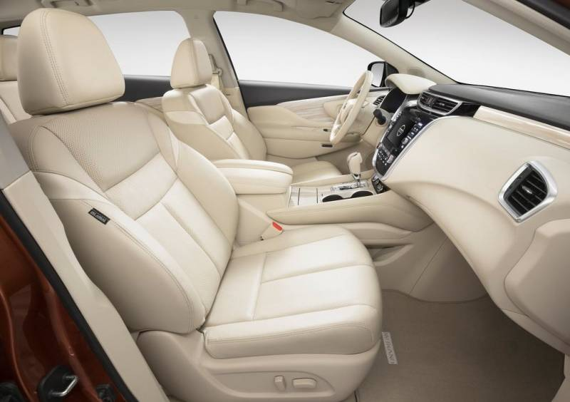 2017-Nissan-Murano-interior-front-leather-seats-steering-wheel