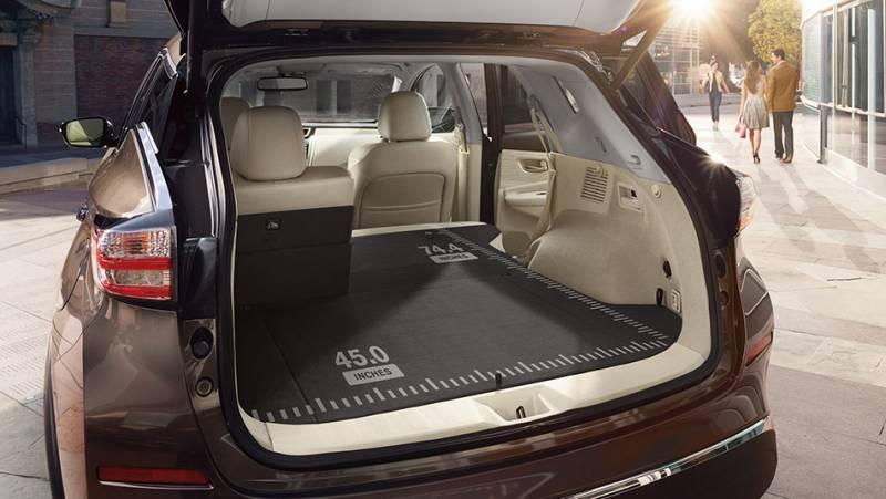 2017-Nissan-Murano-trunk-cargo-space