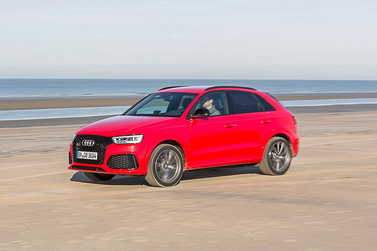 Audi-RS-Q3-mit-Heckzelt-1200x800-15d64dae6b126d73