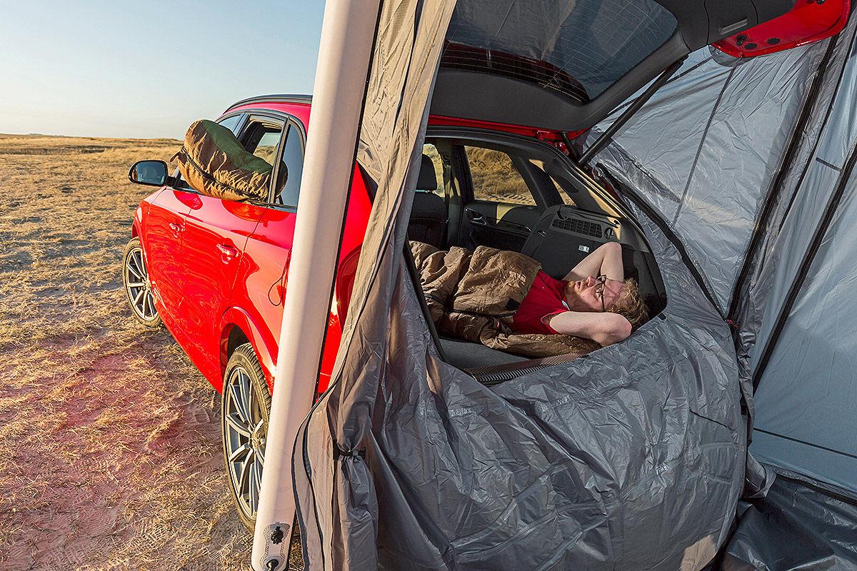 Audi-RS-Q3-mit-Heckzelt-1200x800-b958cf3f473e4781