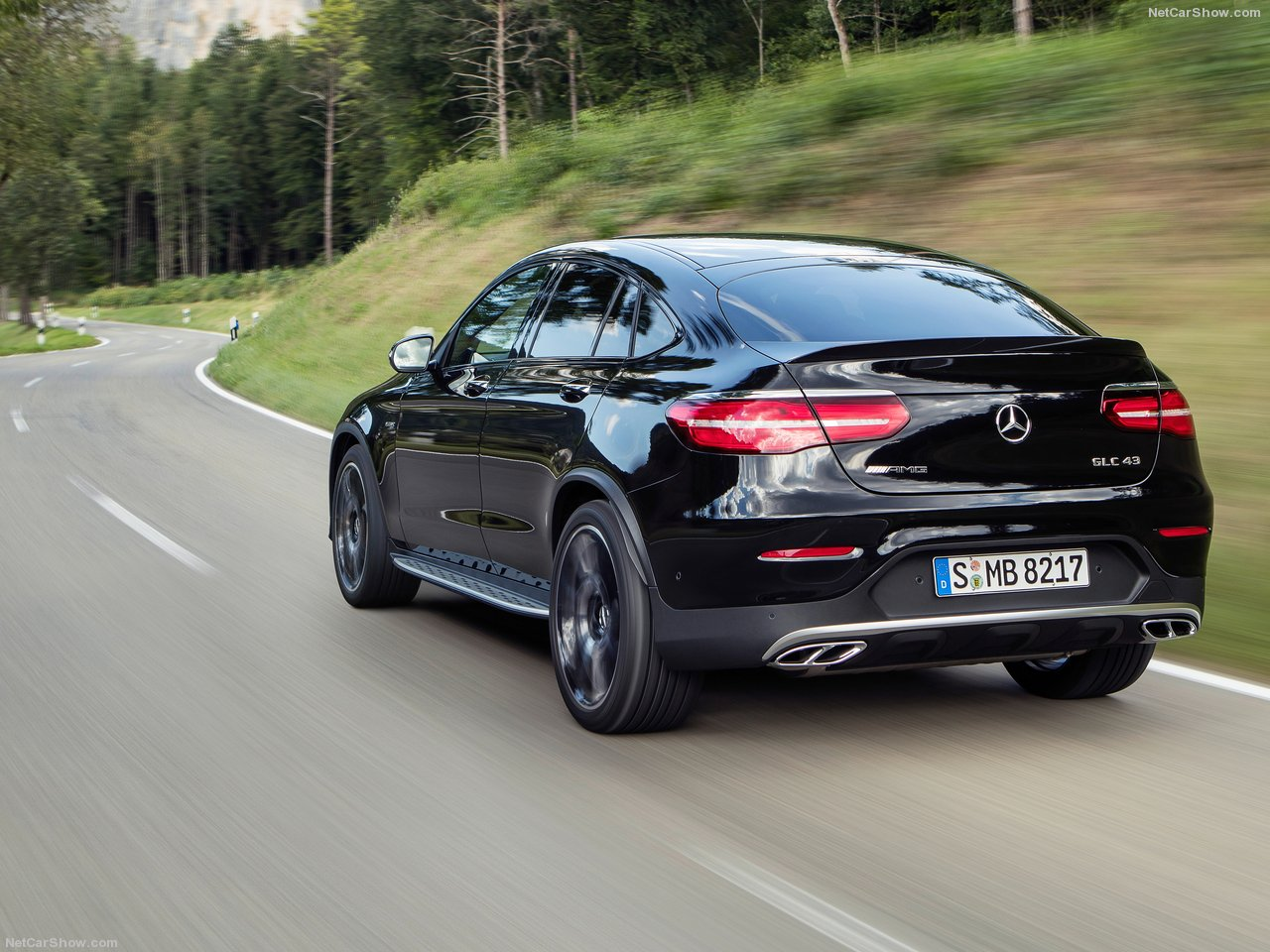 Mercedes-Benz-GLC43_AMG_4Matic_Coupe-2017-1280-0d