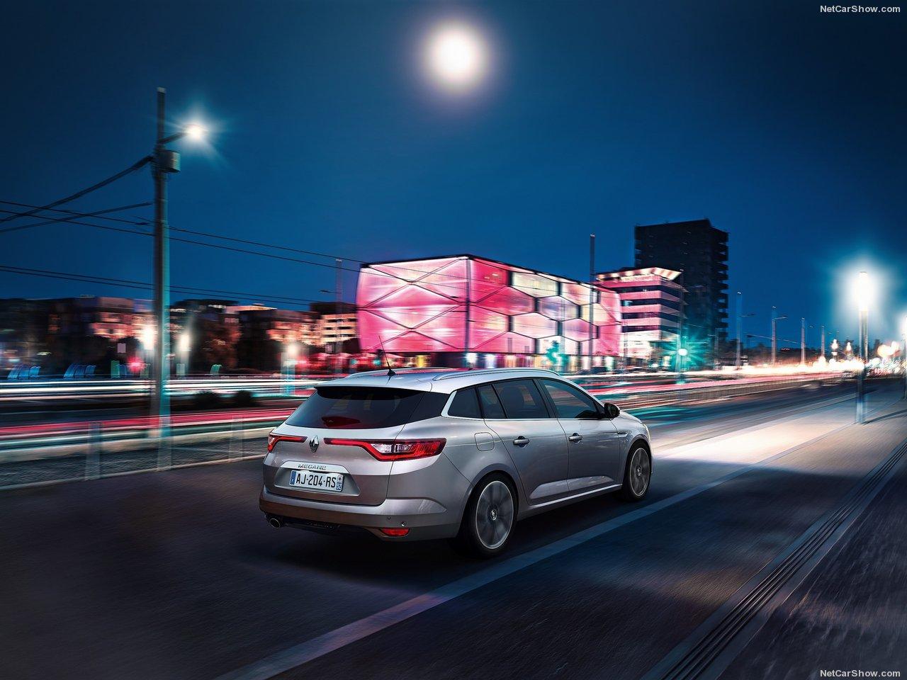 Renault-Megane_Estate-2017-1280-22