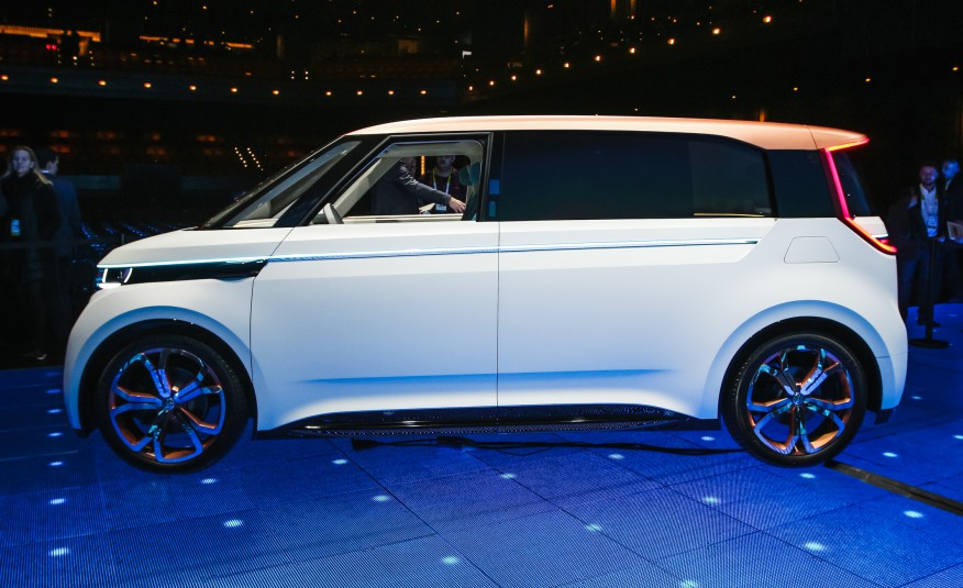Volkswagen-BUDD-e-concept-1071-876x535