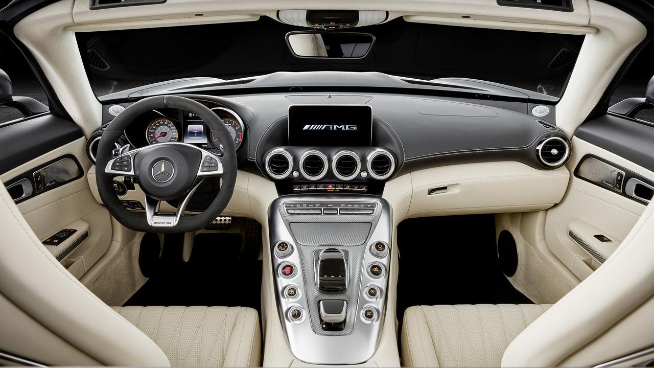 2018-mercedes-amg-gt-roadster-5