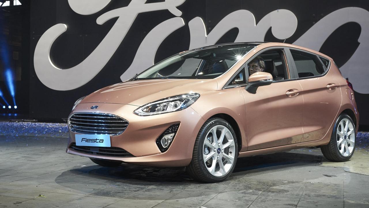 2017-ford-fiesta-titanium-1